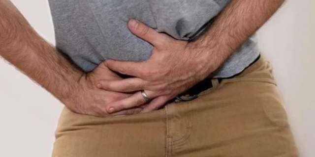 Почему болит правое яичко у мужчины