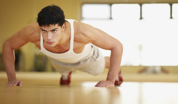 Что такое кардио тренировка дома для сжигания жира и комплекс упражнений для мужчин в домашних условиях
