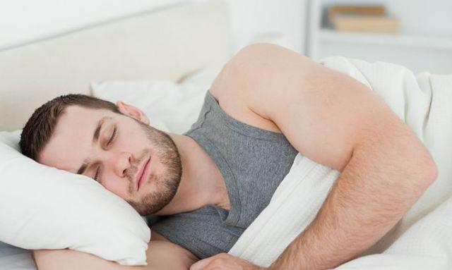 Как избавиться от храпа во сне мужчине