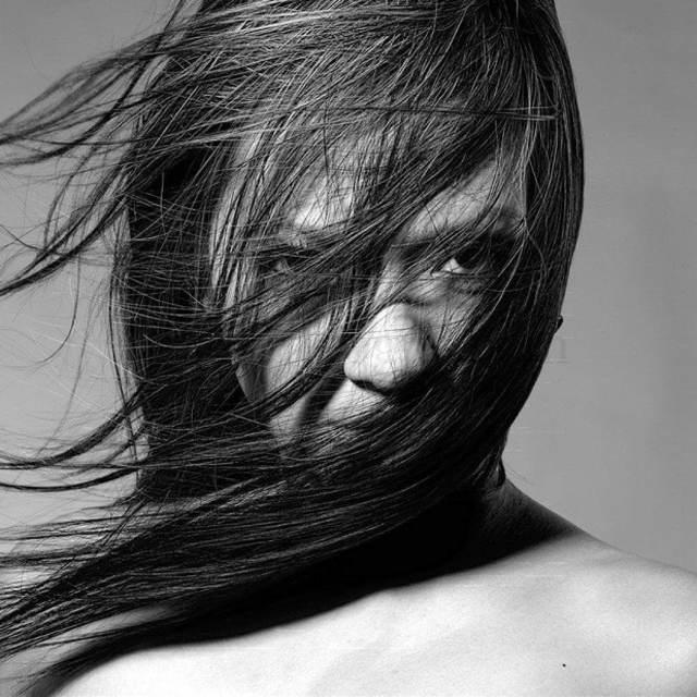 Жирная кожа головы: причины возникновения и способы решения косметической проблемы