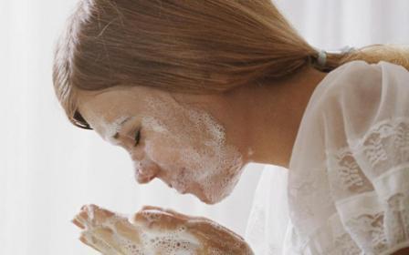 Хозяйственное мыло для волос: свойства и полезность мыла
