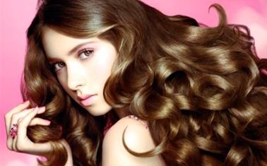 Как предотвратить выпадение волос: лекарства против выпадения волос
