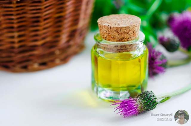 Витамин Е для волос: жидкий в ампулах, капсулах, применение в косметологии