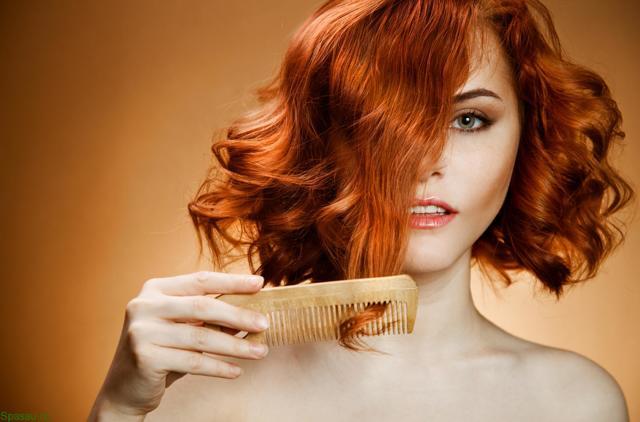 Сильно выпадают волосы, что делать: причины почему очень лезут на голове