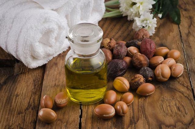 Аргановое масло для волос:Целебный продукт для ваших локонов