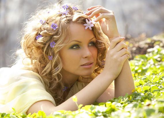 Сезонное выпадение волос у женщин: как минимизировать траты?