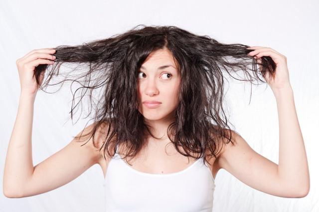 Шампунь для жирных волос: как подобрать подходящее косметическое средство