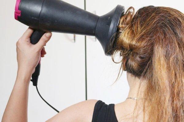 Диффузор для волос: как правильно использовать приспособление для сушки прядей