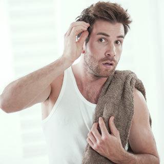 Почему выпадают волосы на голове у девушек: основные причины раннего облысения