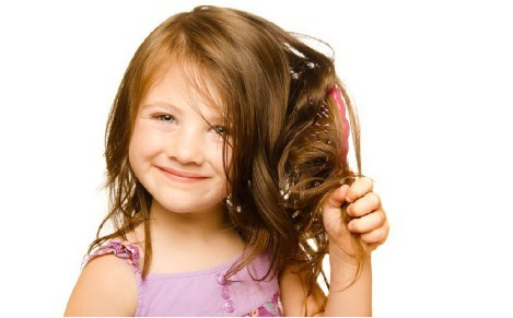 Почему сильно выпадают волосы на голове у ребёнка