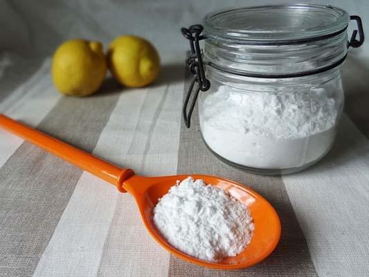 Сода для волос: мытье головы содой, маски и вред для локонов