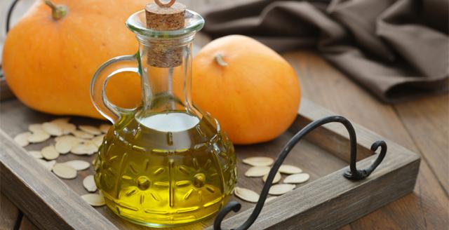 Масло тыквы: применение продукта в медицине и косметологии
