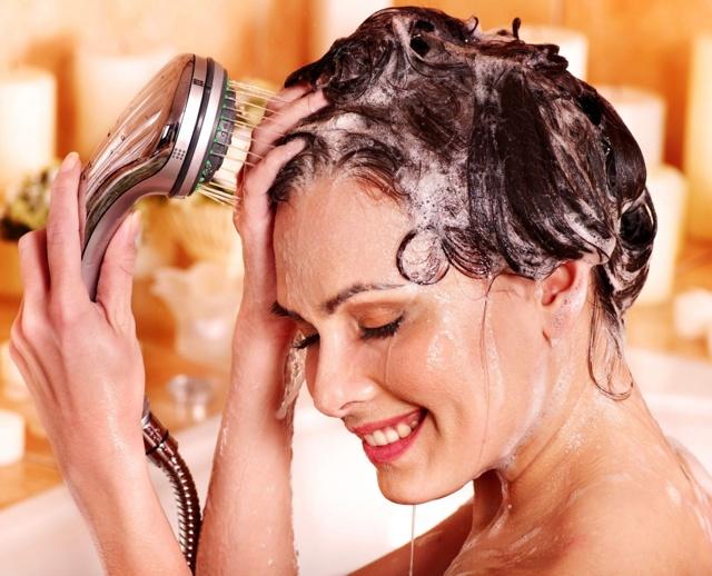 Профессиональные шампуни для волос: в чем преимущества их использования?
